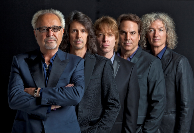 Foreigner at Les Schwab Amphitheater